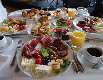 Sait Halim Paşa Yalısı'nda Boğaza Nazır Pazar Kahvaltısı