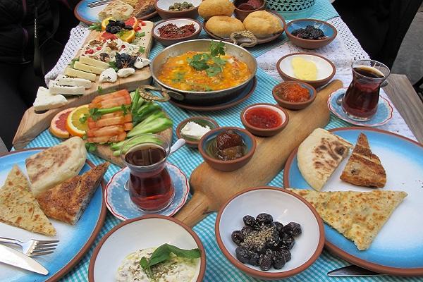İstanbul'un En Lezzetli Kahvaltı Mekanları