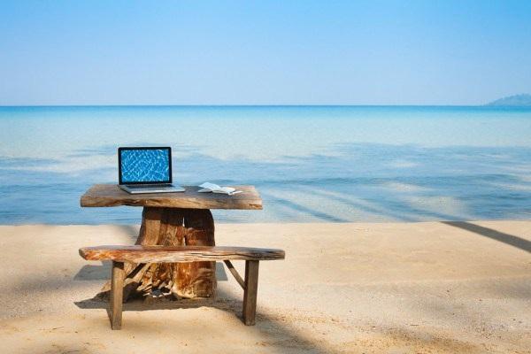Seyahat İçin En İyi 5 Laptop