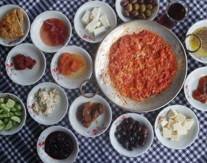 İzmir Şirince'de Kahvaltı : Ayşe Abla'nın Yeri
