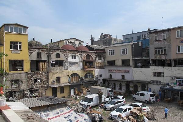 Eminönü'nde Bulunan Tarihi Hanlar