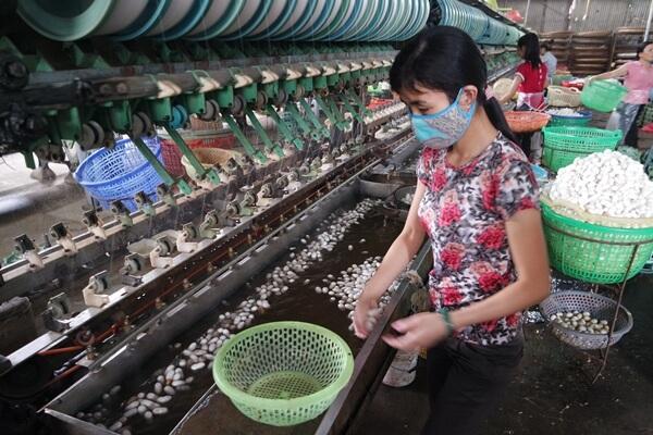 Dalat-Silk-Factory